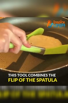 Flip Turn & Grab Spatula 😍 The Flip Turn & Grab Spatula combines the flipping power of a spatula with the squeeze capability of a pair of tongs! Flip, cradle, grab or scoop with ONE utensil! Make cooking and serving your favorite foods much easier and mo Cool Kitchen Gadgets, Home Gadgets, Cooking Gadgets, Gadgets And Gizmos, Cooking Tools, Kitchen Items, Kitchen Tools, Cool Kitchens, Kitchen Appliances