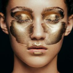 Beauty Story: Metallic Face Photographer: Aldona Karczmarczyk @ Van Dorsen Artists Model: Michelle @ Uncover Models Make up: Patrycja Dobrzeniecka makeup artist Hair: Gor Duryan @ Division Nails: Wioletta Zawada @ Malu Malu Makeup Artist Patrycja Dobrzeniecka creates stunning metallic looks in gold and silver on model Michelle @ Uncover Models with beauty photography by…