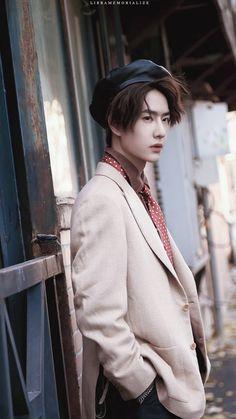 Kim Sang, Korean Bands, Chinese Boy, Handsome Boys, Skateboard, Actors, Celebrities, Dramas, Idol