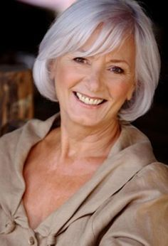 Modern and chic hairstyles for older women is not a dream! In our gallery you will find images of Bob Hairstyles for Older Women that you will want to try! Bob Hairstyles For Fine Hair, Chic Hairstyles, 2015 Hairstyles, Short Hairstyles For Women, Hairstyle Ideas, Woman Hairstyles, Medium Hairstyles, Braided Hairstyles, Short Grey Hair