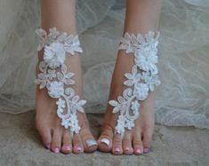 Barefoot sandals are the most practical wedding shoe option when having a beach wedding.Beach Wedding Barefoot Sandals are great for your unique wedding theme! Simple and sexy barefoot sandals but… Barefoot Sandals Wedding, Beach Wedding Shoes, Bridal Sandals, Beach Shoes, Barefoot Beach, Hawaii Wedding, Beach Sandals, Wedding Jewelry, Navy Blue Sandals