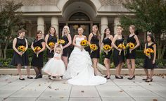 #bridesmaids #weddingflowers #marybrunstphotography