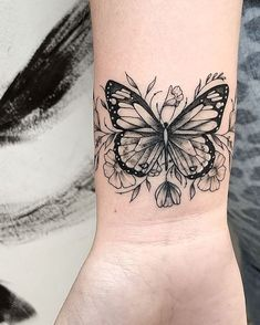 Butterfly Tattoos 35679 6 tattoo designs to overcome grief in Who said get a tattoo . - 6 tattoo designs to overcome grief in Who said that get a tattoo for - # overcoming Tattoo Life, Tattoo Femeninos, Form Tattoo, Shape Tattoo, Piercing Tattoo, Get A Tattoo, Piercings, Tattoo Moon, Neue Tattoos