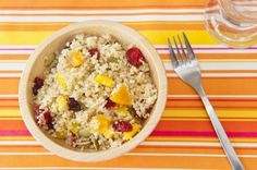 Roasted Cranberry Quinoa Salad: This delicious combination of lemon, roasted cranberries and quinoa is sure to get your attention!