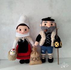 Patrón Mari Domingi y Olentzero a ganchillo o crochetamigurumi