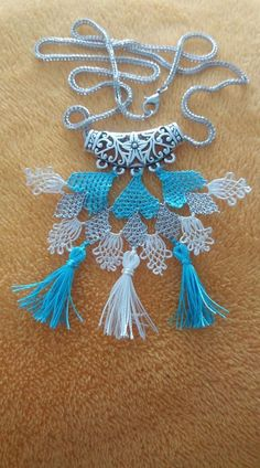 This Pin was discovered by Sev Needle Lace, Bargello, Handicraft, Tassel Necklace, Knots, Elsa, Diy And Crafts, Ornaments, Earrings