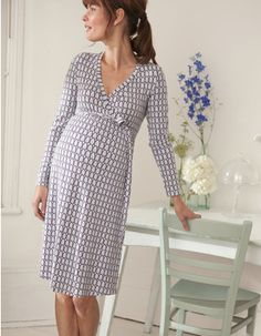 It doesn't get any better than light, breezy dresses that are effortlessly chic :) boden maternity clothes Cute Maternity Outfits, Stylish Maternity, Pregnancy Outfits, Maternity Wear, Maternity Dresses, Maternity Fashion, Maternity Clothing, Maternity Styles, Pregnancy Style