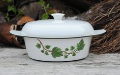 Arne Erkers for Kockums. Swedish Retro Kitchenware. Dish for cooking, baking and serving. White enamel with Ivy leaves by FridasVintage on Etsy