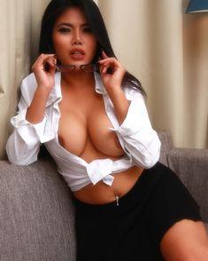 indonesian teacher nude photo
