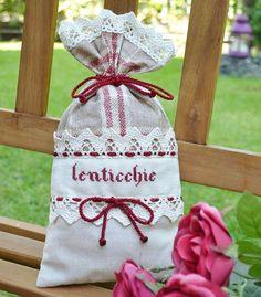 SACCHETTO PORTA LENTICCHIE - Linea Burberry  Di manifattura artigianale, unico e originale il sacchetto per contenere i legumi si può poggiare sulla madia  o mostrare in una vetrinetta