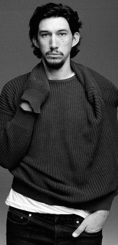 Adam Driver as Kylo Ren in Star Wars Episode VII The Force Awakens @ Walt Disney Pictures / Lucasfilm