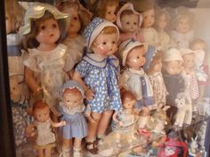 Composition Doll | Here are Effanbee Patsy dolls of various sizes.