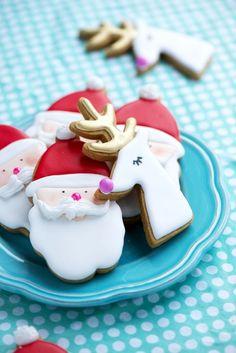 Gilded Reindeer and Santa Cookies | Sweetapolita