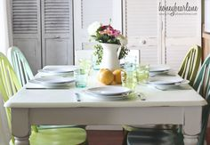 love this aqua and green dining room!