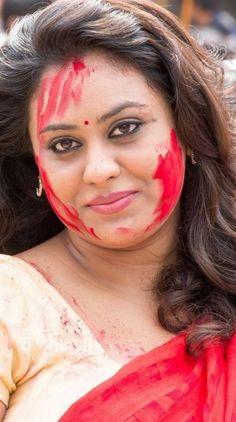 Beautiful Girl Makeup, Cute Beauty, Beauty Full Girl, Beauty Women, Beautiful Girl Quotes, Beautiful Hijab, Beauty Girls, Indian Natural Beauty, Indian Beauty Saree