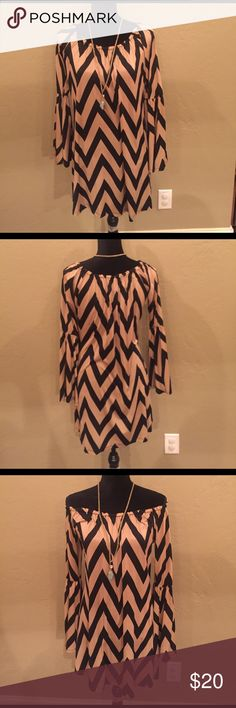 Chevron dress on or off shoulder light and flowy Chevron dress on or off shoulder light and flowy. Size medium Dresses