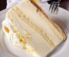 Lemon and coconut cake - HQ Recipes Great Desserts, Dessert Recipes, Lemon And Coconut Cake, Bakery Recipes, Lemon Recipes, My Favorite Food, Vanilla Cake, Food Processor Recipes, Sweet Treats