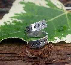 Hakuna Matata Lion King Twist Ring. £6.00, via Etsy.