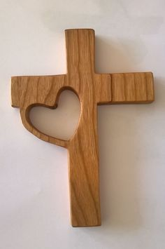 Wooden cross with large cutout cross to side - Shoe Tutorial and Ideas Wooden Cross Crafts, Wooden Crosses, Crosses Decor, Wall Crosses, Country Wood Crafts, Cork Crafts, Woodworking Projects Diy, Woodworking Furniture, Wood Projects