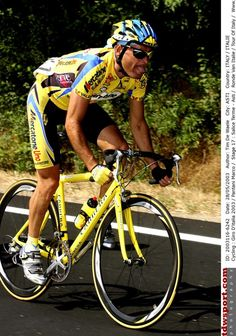 Marco Pantani in action during the 2003 Giro d'Italia, the final Grand Tour of his career