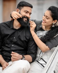 Love Hd Images, Cute Couple Images, Love Couple Photo, Couples Images, Wedding Couple Poses, Couple Photoshoot Poses, Couple Posing, Wedding Photoshoot, Cute Couples Photography