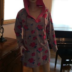 Adorable Betsey Johnson Pajama Hoodie Med Adorable New Betsey Johnson Pajama hoodie Medium.  Soft comfy material.  You will this!! Betsey Johnson Intimates & Sleepwear Pajamas