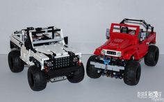 Custom Lego Technic Land-Rover Defender 90 & Toyota FJ40