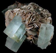 Mineral Specimens: Beryl var. Aquamarine from Shigar Valley, Skardu District, Gilgit-Baltistan (Northern Areas), Pakistan