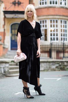 Black asymmetrical dress with lace shoes  | For more style inspiration visit 40plusstyle.com