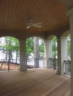 Outdoor Living contemporary porch