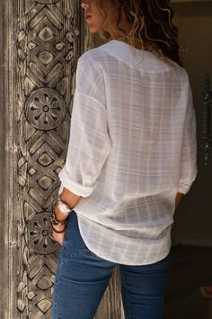 Womens Blouses Summer V Neck Long Sleeve Shirt Office Top Casual Linen Blouse Women Clothing. Blouse Styles, Blouse Designs, Tops Online Shopping, Blouse Vintage, Shirt Blouses, Blouses For Women, Casual Shirts, Long Sleeve Shirts, Womens Fashion