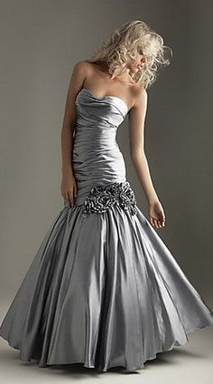 I have this thing for silver mermaid dresses...