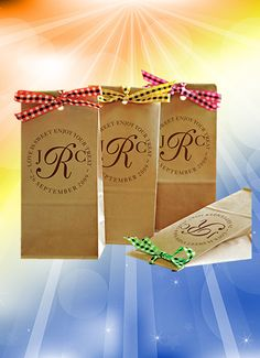 """Our natural kraft #favorbags are a perfect solution to the popular candy buffet. They lay flat taking up little room. They are FDA approved for direct food contact so goodies don't have to be pre-wrapped. The bag is self-sealing to preserve freshness. Buy 100 for only $99.00. They measure 3 3/8""""wide x 2 1/2"""" deep x 7 3/4"""" tall. Many design and ink color options but bag comes in white or kraft only. Ribbon sold separately. Click www.favorsyoukeep.com or call 512.323.0600 #weddingfavorideas"""