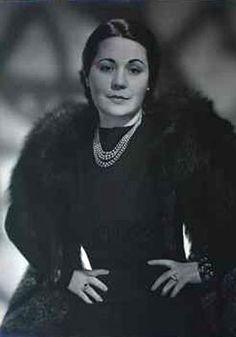 Aracy permaneceu na Alemanha até 1942, quando o governo brasileiro rompeu relações diplomáticas com aquele país e passou a apoiar os Aliados da Segunda Guerra Mundial. Seu retorno ao Brasil, porém, não foi tranquilo. Ela e Guimarães Rosa ficaram quatro meses sob custódia do governo alemão, até serem trocados por diplomatas alemães.