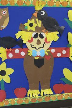 Scarecrow / Fall Bulletin Board