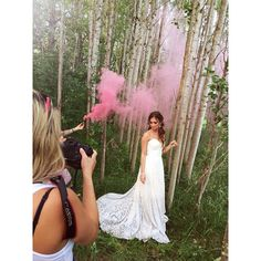 Smoke bombs and lace gowns in the forest  #BTS from today's shoot with @nomo.simplysweetphotography @misskillenink @christinalange_ @truvellebridal @jewelietteshop makeup by moi @jasminehoffman using @slmissglam mink lashes  #styledshoot #beauty #makeupbyjasmine #smokebombs #makeupartist #makeupstylist #makeuplove
