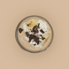 """PANTONE SMOOTHIE 727U Pantone smoothie 727u, Peanut butter Toffee. Yes. You deserve some yummy-ness in your life. Wanna try the goodness? Here's how. INGREDIENTS """"⅓ cup @KURAnutrition Chocolate whey protein ½ cup vanilla soy milk ½ banana 2-3 tbsp..."""