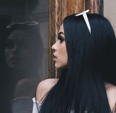 Read maggie lindemann from the story 🕊 𝐕𝐈𝐒𝐀𝐆𝐄𝐒 ! Natural Black Hair Color, Hair Color For Black Hair, Dark Hair, Color Black, Black Dark, Maggie Lindemann, Carla Diaz, Different Shades Of Black, Scarlett Leithold