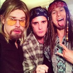 Pin for Later: The All-Time Best Celebrities in Pop Culture Halloween Costumes Brad Pitt