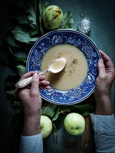 Fall Dinner Recipes, Fall Recipes, Soup Starter, Apple Soup, Norwegian Food, Entree Recipes, Soup Recipes, Vintage Cooking, Juniper Berry