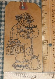 10 LARGE ~  HAY THERE SCARECROW  ~ PRIMITIVE HANDMADE GIFT HANG TAGS LOT #54