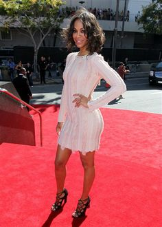 Zoe Saldana arrives at the MTV Video Music Awards at Staples Center in Los Angeles on Sept. 6, 2012.