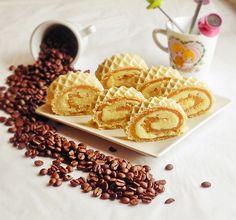 Rulada cu crema de biscuiti si napolitana