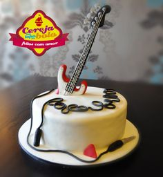 Guitar - Cake by Cerejanotopodobolo Fondant Cake Designs, Fondant Cakes, Cupcake Cakes, Music Themed Cakes, Music Cakes, Fancy Cakes, Cute Cakes, 1st Birthday Cake For Girls, Piano Cakes