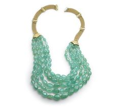 Paul Morelli - Hydrangea emerald bead necklace. Wouldn't this look good in your hair, @Noele Neidig