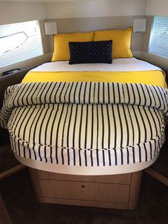 Visit Us Today for Custom Yacht Bedding and Mattresses.The Home of Soft Furnishing Products Such as Boat Bedding, Custom Boat Sheets, Linens and Mattresses. Sailboat Interior, Yacht Interior, Interior Design, Sailboat Living, Living On A Boat, Yacht Design, Boat Design, Cabin Cruiser Boat, Barge Boat