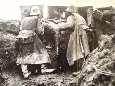 Fantastic image of Germans in the Trenchs 1918