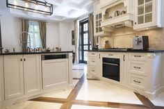 Small Rooms, Natural Stones, Countertops, Kitchen Decor, Decorating Ideas, Kitchen Cabinets, Flooring, Home Decor, Houses