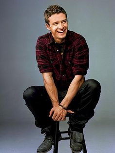 Justin Timberlake. One of the most beautiful voices I've ever heard. Not bad looking either...