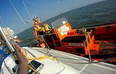 Al 40 jaar donateur van de @KNRM en voor het eerst hulp nodig gehad - http://www.sarwds.nl/?id=acties&pg=2014/2014-07-18 … #KNRM #Markermeer
